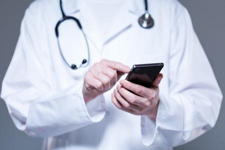healthcare mobile cyberattacks